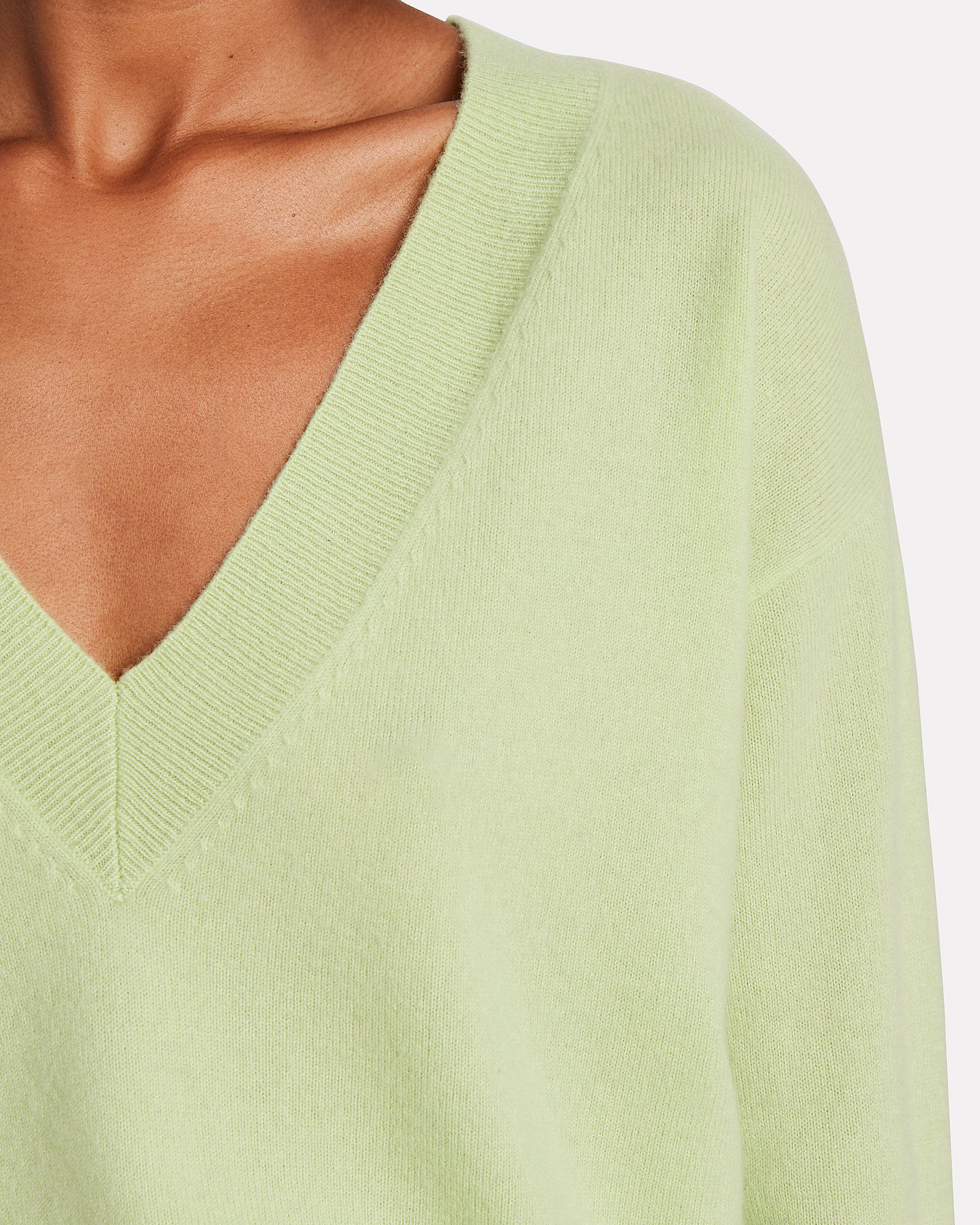 Elroy V-Neck Cashmere Sweater, MINT, hi-res