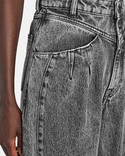 Corto Tapered High-Rise Jeans, BLACK, hi-res