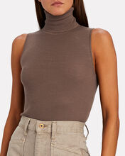 Sleeveless Wool Turtleneck Top, BROWN, hi-res