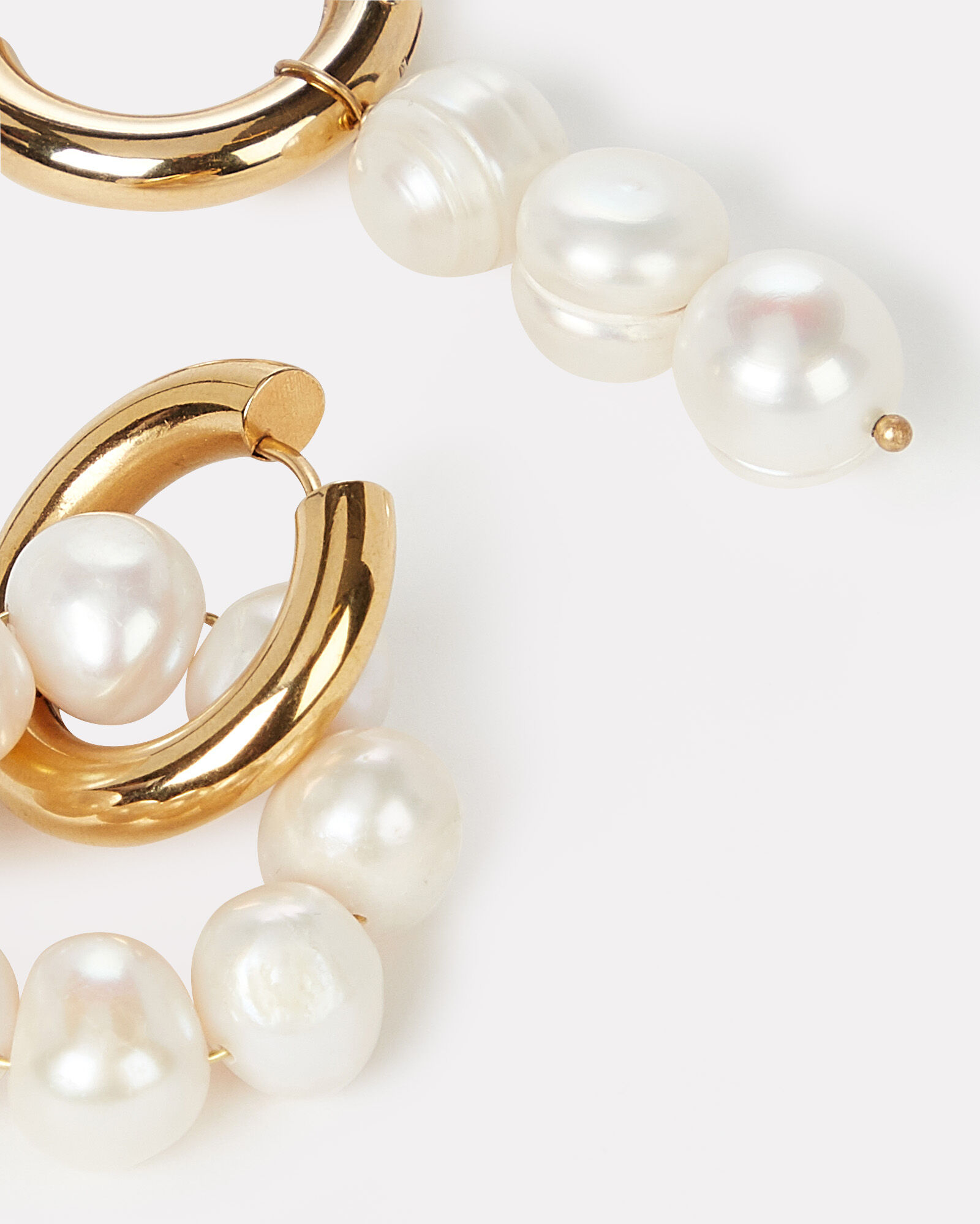 Mismatched Pearl Hoop Earrings, GOLD/WHITE, hi-res